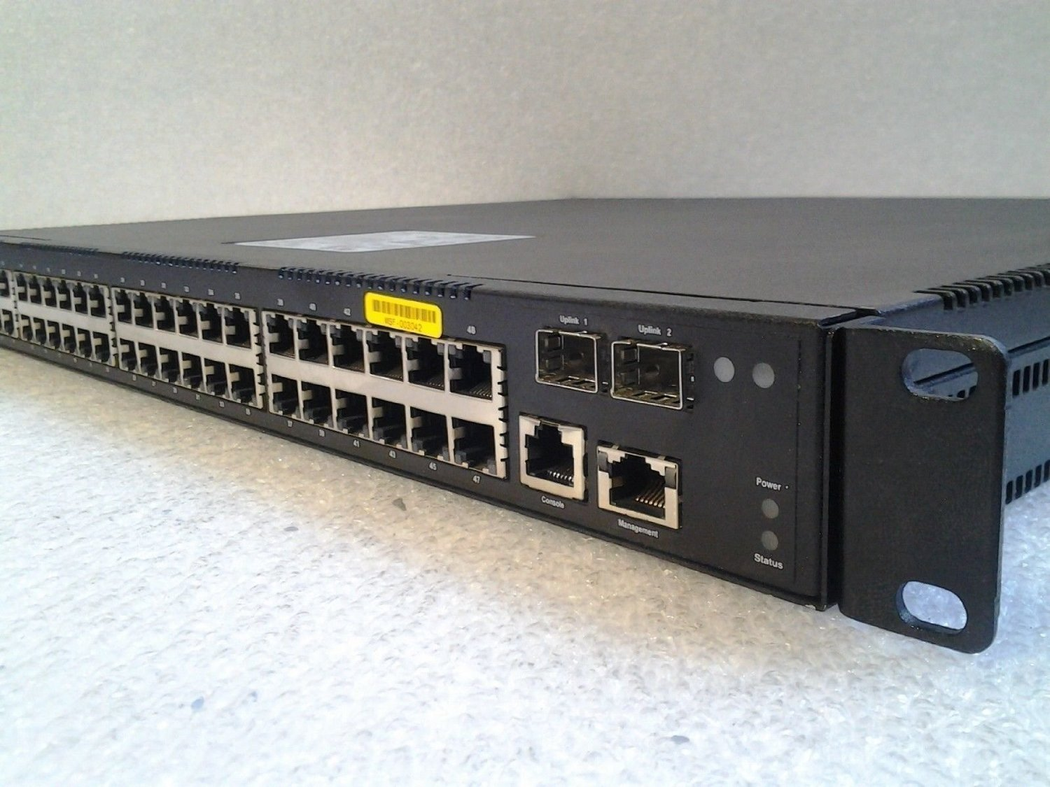 The Quanta Lb4m Cheap White Box Switching 4 Way Ethernet Switch
